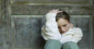 Parents' suicidal behavior can be transmitted to their children