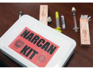 Narcan nasal spray – Ready-to-use First-aid drugs in family